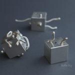 dice sculpture